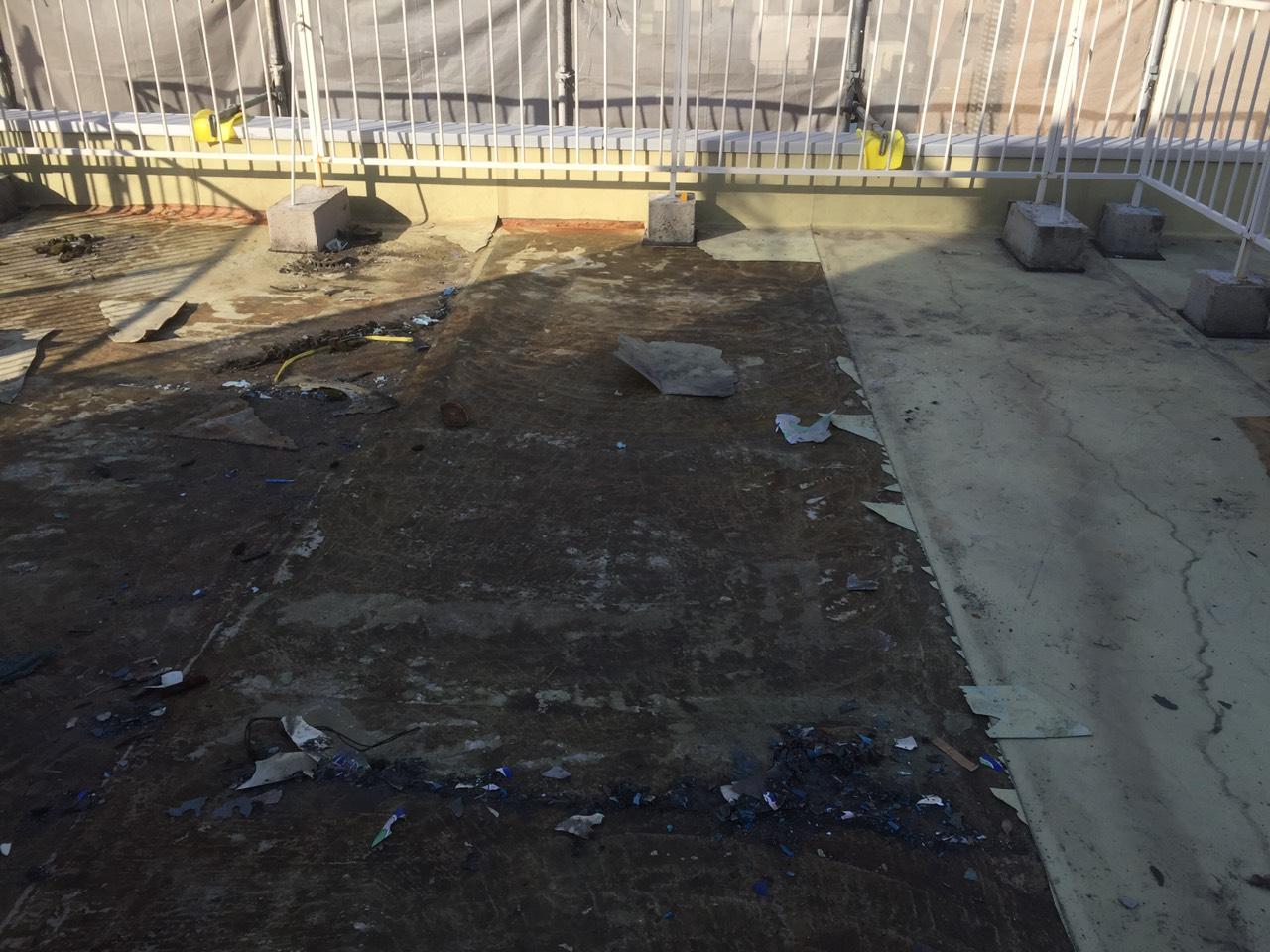 大阪府大阪市福島区-屋上ウレタン塗膜防水-施工前