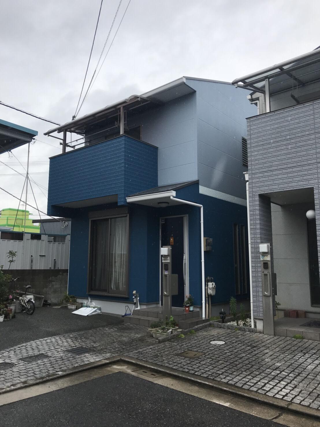 堺市東区H様邸 屋根外壁塗装及びバルコニー防水工事-施工後