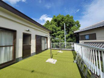 大阪府和泉市M様邸バルコニー人工芝設置工事🏠-施工後